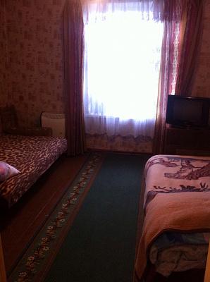 Дом посуточно в Каменце-Подольском, ул. Киргизова, 13