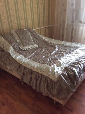 Двухкомнатная квартирапосуточно в Рыбаковке, ул. 8 Марта, 3а