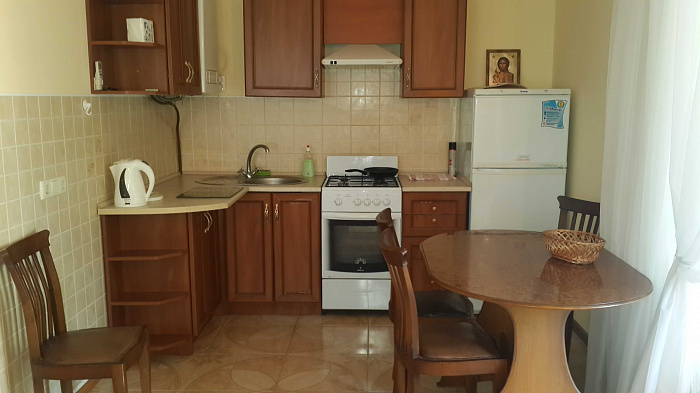 Дом посуточно в Крыжановке, ул. Набережная, 40