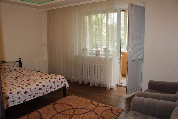 Двухкомнатная квартирапосуточно в Виннице, Ленинский район, пр-т Космонавтов, 58