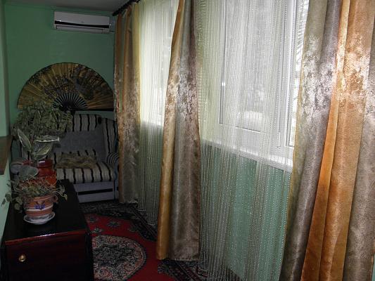 Двухкомнатная квартирапосуточно в Форосе, ул. Терлецкого, 4