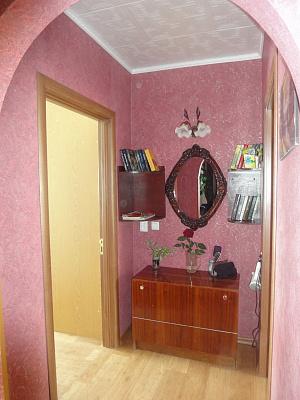 Двухкомнатная квартирапосуточно в Керчи, пер. Юннатов, 20