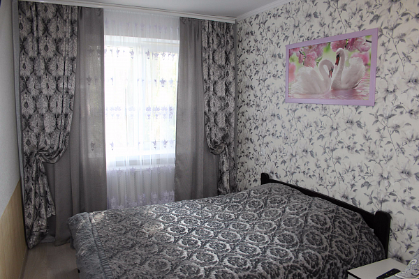 Трехкомнатная квартирапосуточно в Виннице, Замостянский район, ул. Острожского, 23