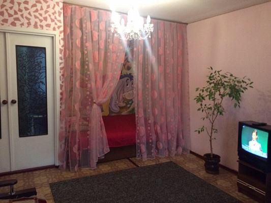 Однокомнатная квартирапосуточно в Каменце-Подольском, ул. Гагарина, 13
