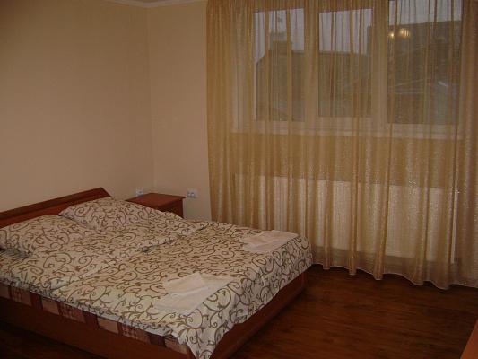 Однокомнатная квартирапосуточно в Коломые, ул. Пекарская, 7