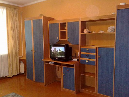 Однокомнатная квартирапосуточно в Сумах, Заречный район, ул. Ивана Сирко (Коротченко), 10