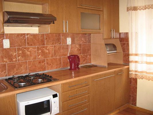 Однокомнатная квартирапосуточно в Черкассах, ул. Гоголя, 206