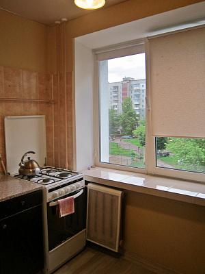 Однокомнатная квартирапосуточно в Чернигове, Деснянский район, ул. Рокоссовского, 54