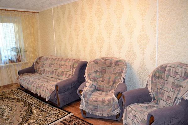 Двухкомнатная квартирапосуточно в Приморске, ул. Морская, 60
