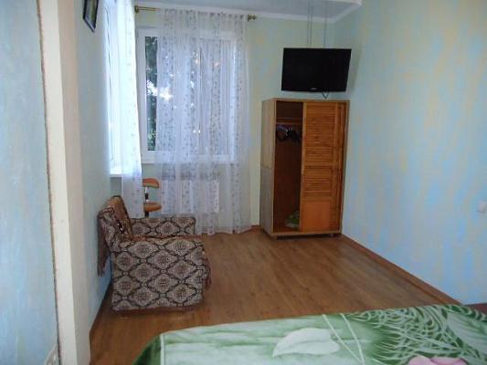 Двухкомнатная квартирапосуточно в Ялте, Центр Ялты район, ул. Чехова, 27