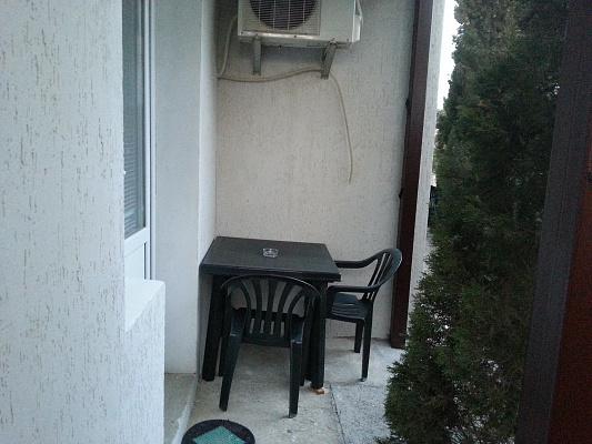Однокомнатная квартирапосуточно в Судаке, ул. Бирюзова, 8
