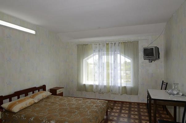 Мини-отель посуточно в Грибовке, ул. Полевая, 4
