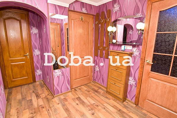 Двухкомнатная квартирапосуточно в Феодосии, ул. Одесская, 2