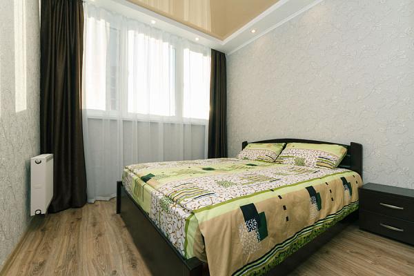 Двухкомнатная квартирапосуточно в Киеве, Дарницкий район, ул. Драгоманова, 2а