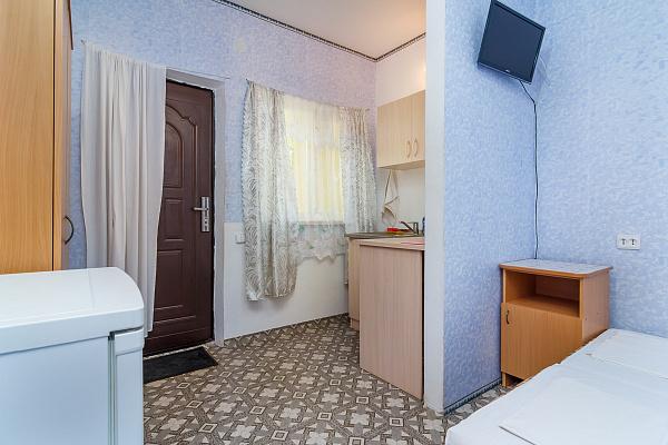 Мини-отель посуточно в Севастополе, Нахимовский район, пгт. Кача, ул. Первомайская, 270