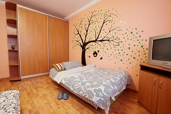 Однокомнатная квартирапосуточно в Ровно, ул. Жукова, 21б