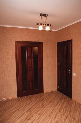 Однокомнатная квартирапосуточно в Ровно, ул. Елены Телигы, 57
